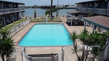 Surfside Inn Suites - Rockport Hotels
