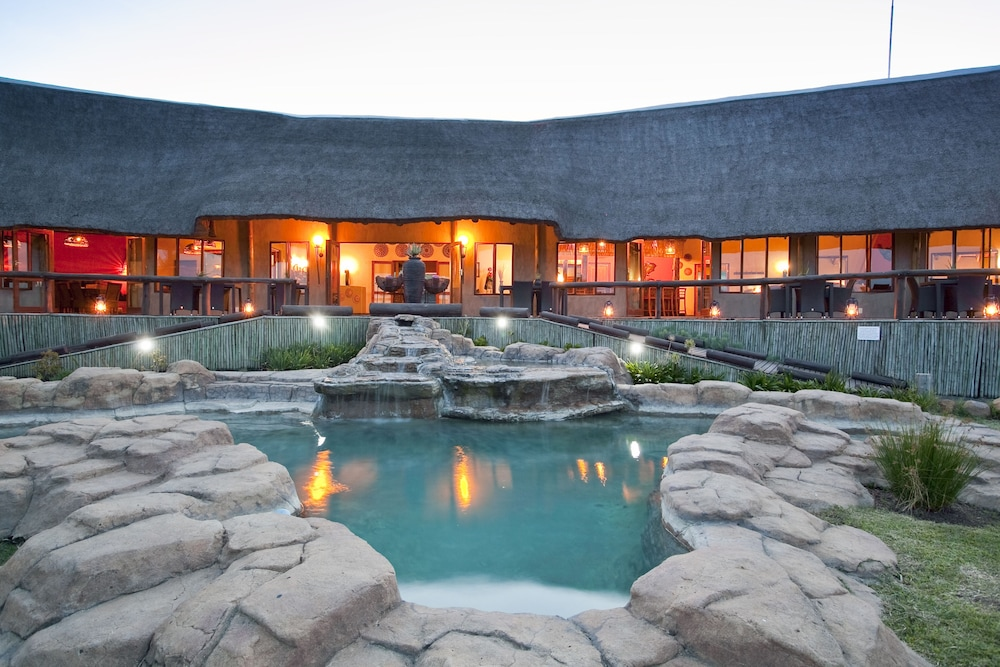 The Springbok Lodge: 2019 Room Prices , Deals & Reviews