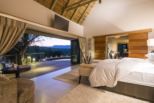 Hotels near Limpopo Airport: (THY) Hotels with Free Airport