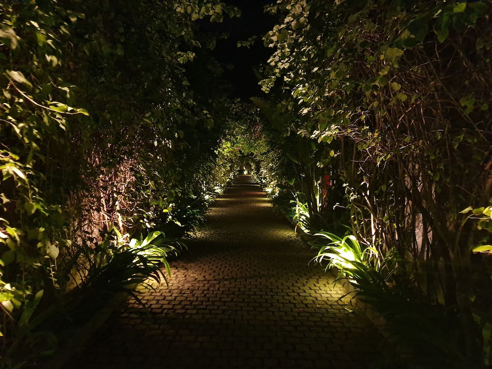 Garden, The Royal Purnama
