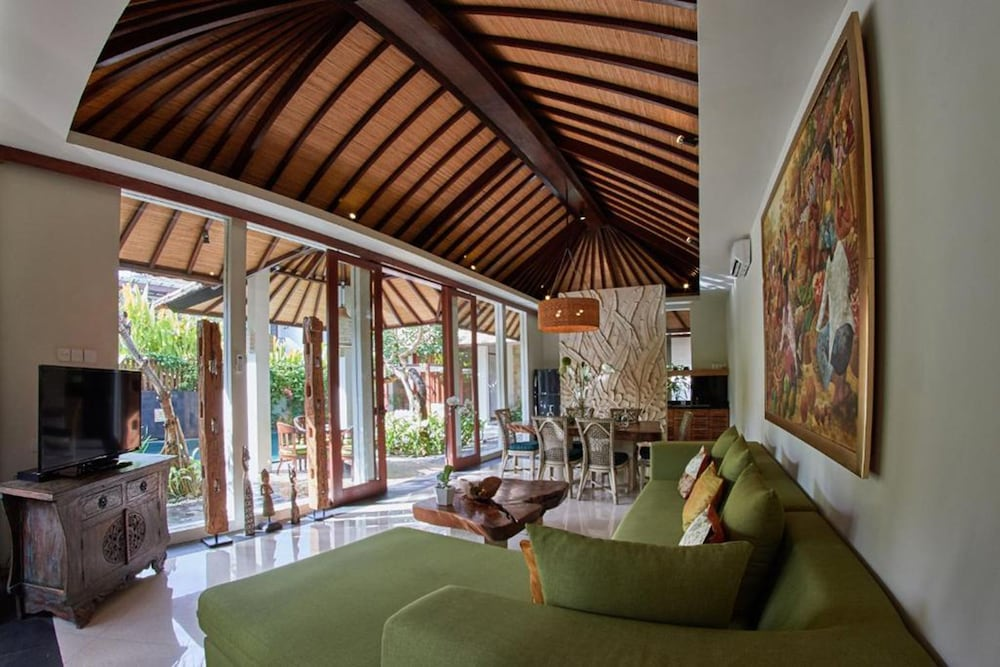 Living Room, The Royal Purnama