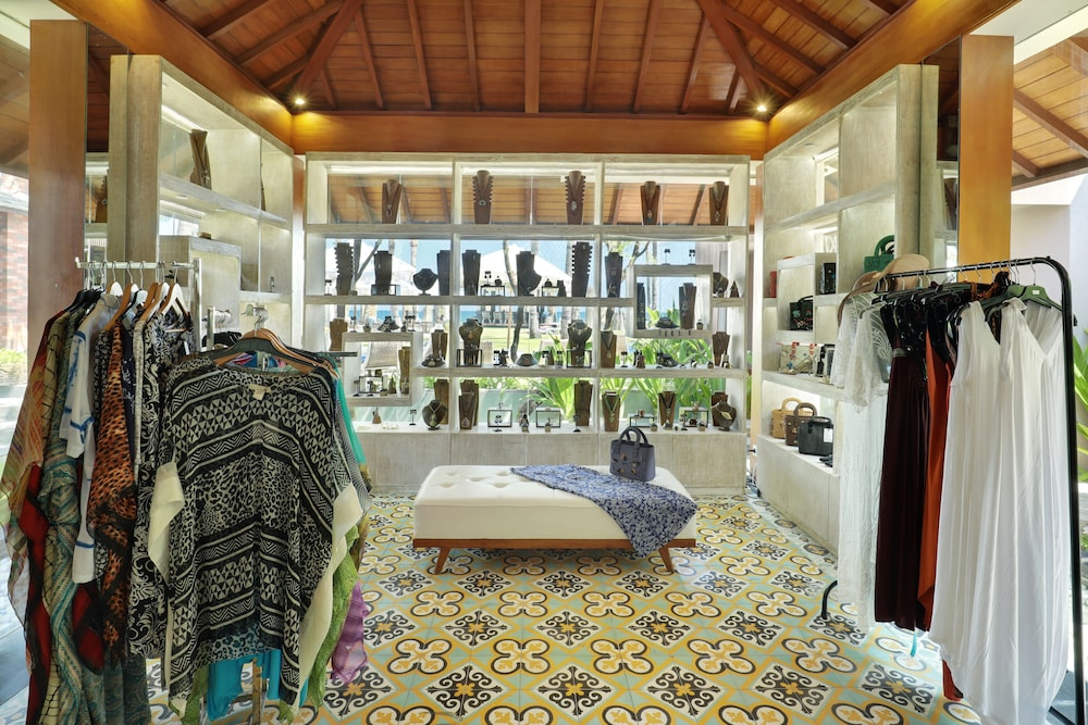 Gift Shop, The Royal Purnama
