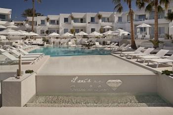 Avenida de las Playas 26, 35510 Tías, Lanzarote, Spain.
