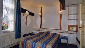 Egyptian cotton sheets, in-room safe, blackout curtains, free WiFi