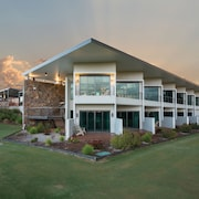 Bridges Villas at Cobram Barooga Golf Club