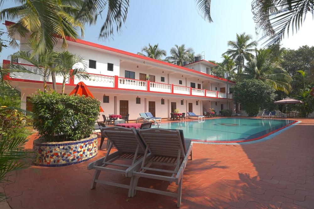 Star Hotels In Goa Near Anjuna Beach