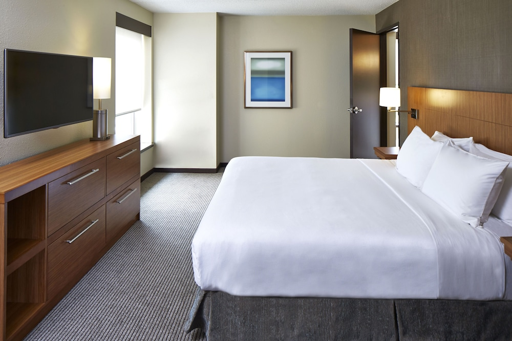 Room, Hyatt Place Lansing - East