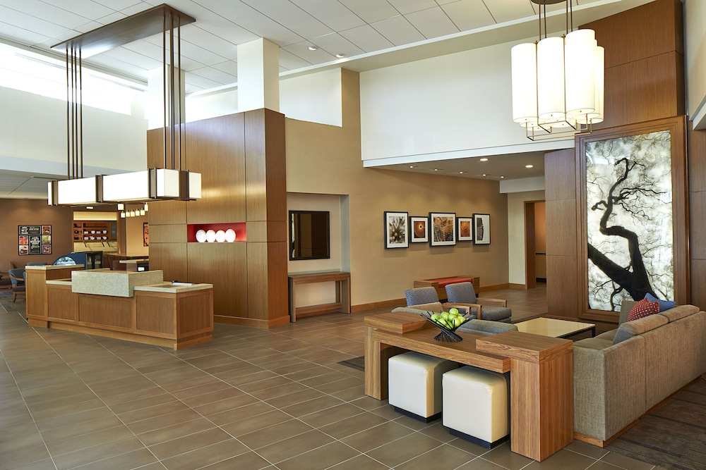 Reception, Hyatt Place Lansing - East