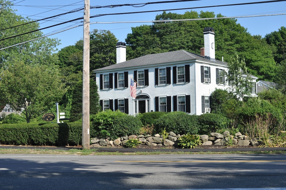 Front of Property, Candleberry Inn on Cape Cod
