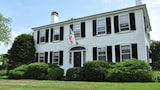 Candleberry Inn on Cape Cod - Brewster Hotels