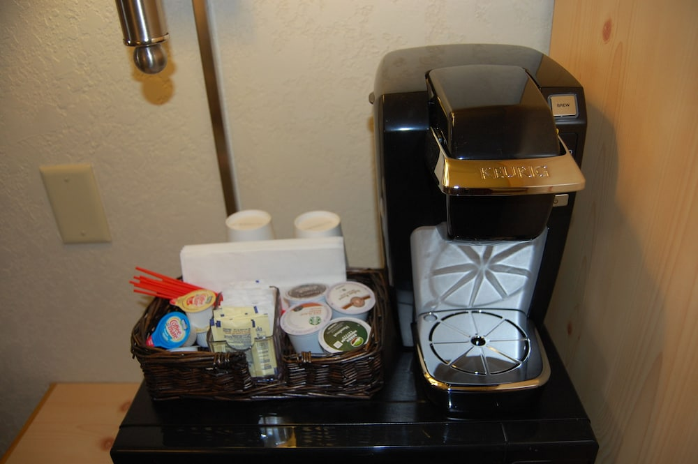 Coffee and/or Coffee Maker, Campus Inn Missoula