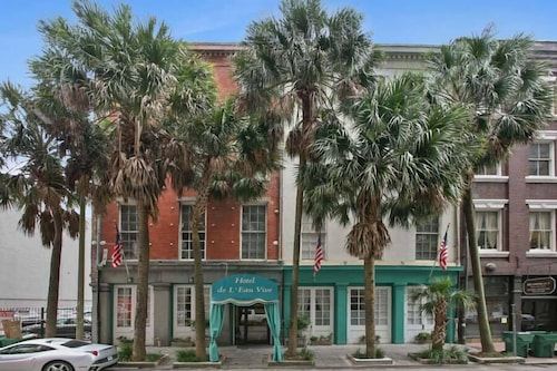 Great Place to stay Hotel de L'Eau Vive near New Orleans