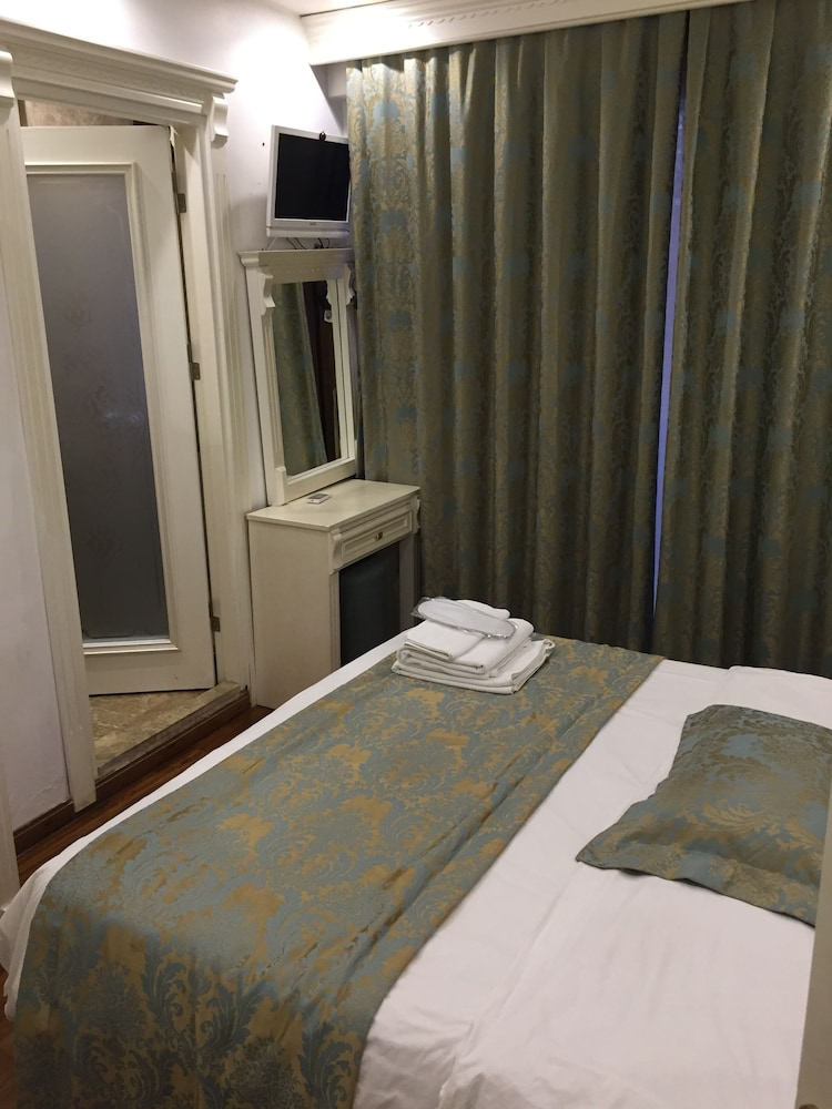 La Petite Maison Hotel Istanbul