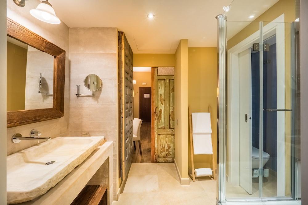 Mas Salagros Ecoresort Aire Ancient Baths Barcelona Spain Expedia