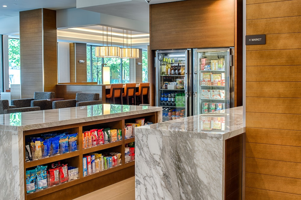 Snack Bar, Hyatt House Seattle/Downtown