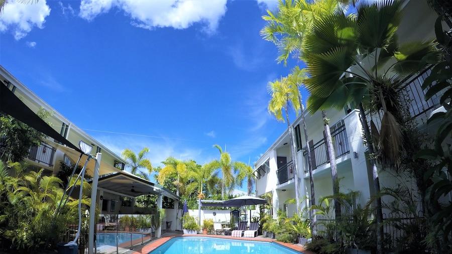 Crystal Garden Resort & Restaurant