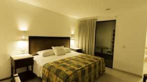 Ropa de cama de alta calidad, edredones de plumas, escritorio