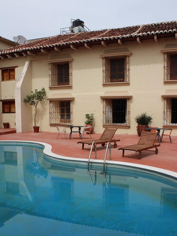 Book hotel santa clara san cristobal de las casas hotel - Casas de madera santa clara ...