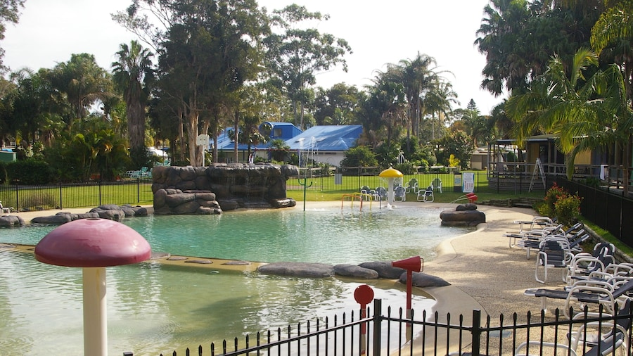 Smugglers Cove Holiday Village