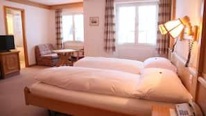 高級寢具、保險箱、書桌、免費 Wi-Fi