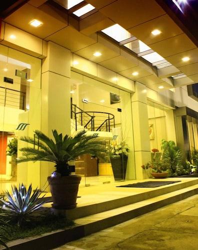 罗亚曼伯拉莫酒店
