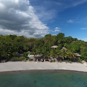 Cove Paradise Beach & Dive Resort
