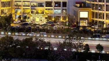 Kunming Oceancube Spa Holiday Hotel