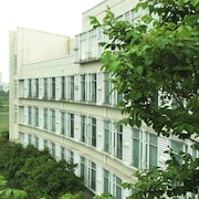 Wushunde International Academic Exchange Hotel Zhuhai