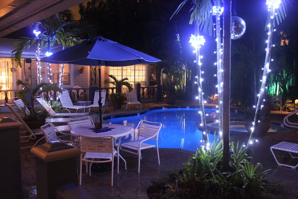 Featured Image, Coral Reef Guesthouse