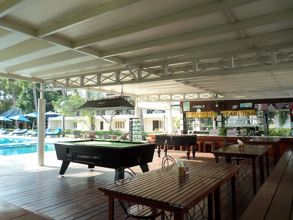 Billiards, Nautical Inn