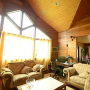 Hsinchu Emei Canadian WoodHouse Homestay