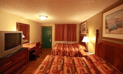 Featured Image, Executive Motel