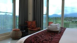 設計自成一格、家具佈置各有特色、窗簾、摺床/加床 (收費)