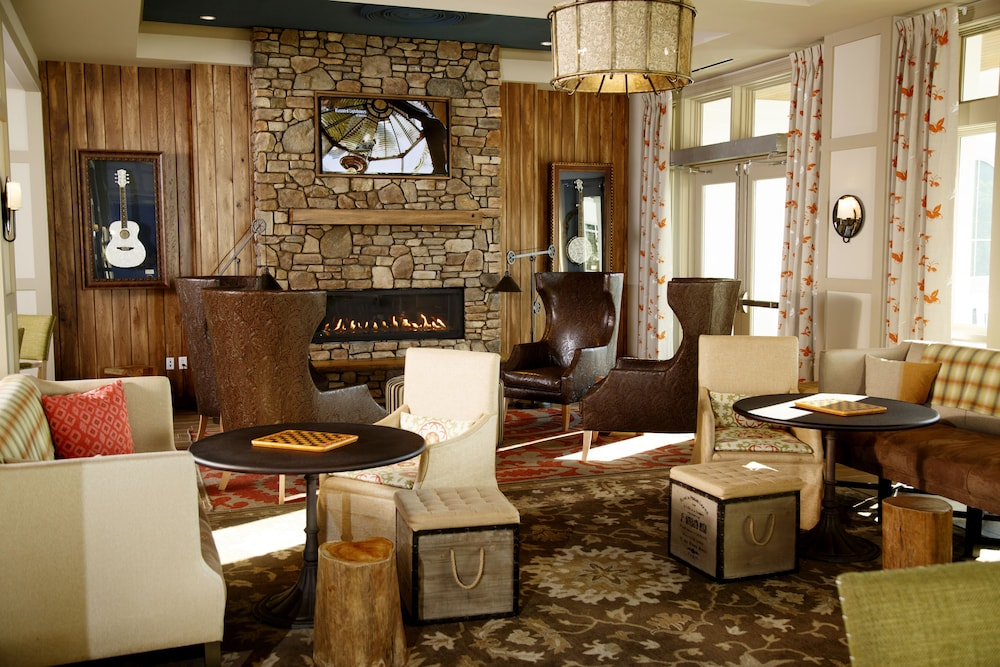 Fireplace, Dollywood's DreamMore Resort