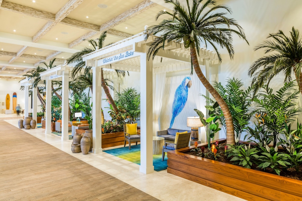 Interior Entrance, Margaritaville Hollywood Beach Resort