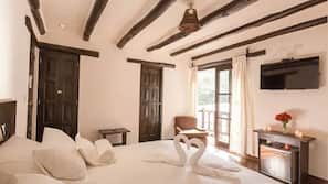 Roupas de cama premium, cofres nos quartos, quartos à prova de som