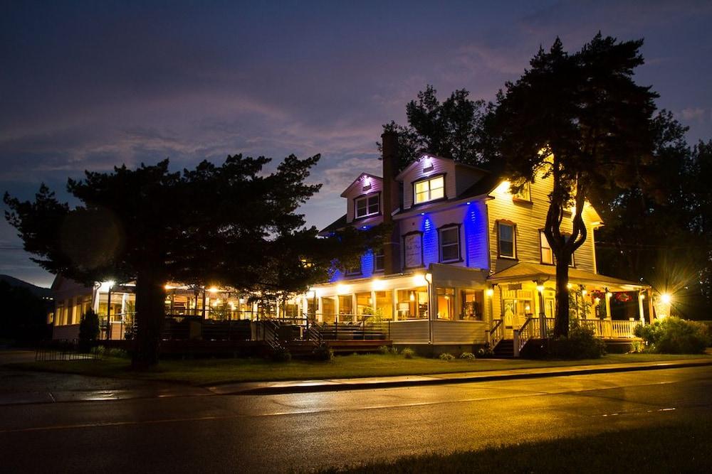 Auberge et Motel Le Cormoran et Le Domaine Belle Plage ...