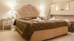 Una cassaforte in camera, culle/letti per bambini (a pagamento)