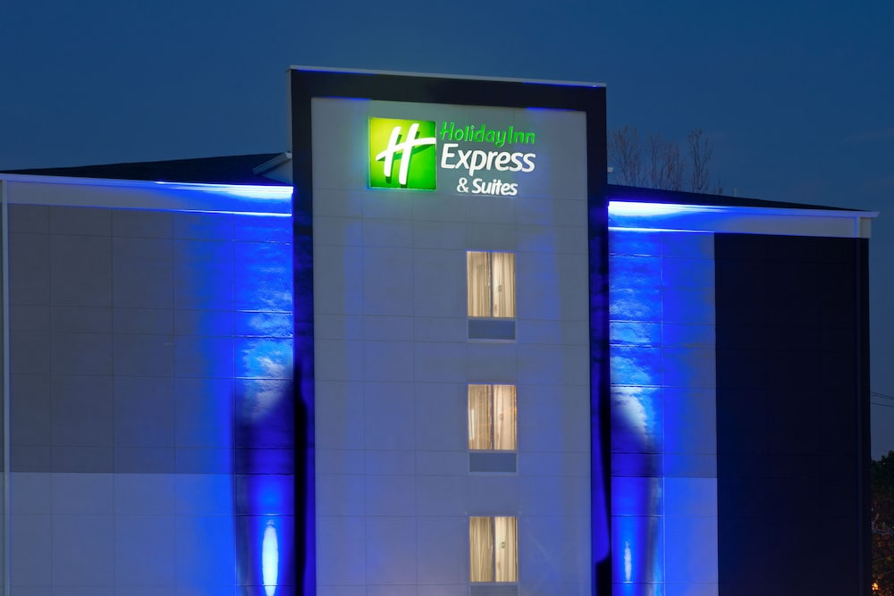 Exterior, Holiday Inn Express & Suites New Cumberland, an IHG Hotel