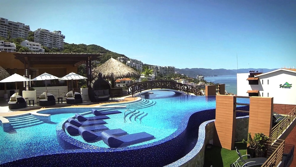Resorts By Pinnacle 220  Puerto Vallarta  Mex