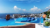 Resorts by Pinnacle 220 - Puerto Vallarta Hotels
