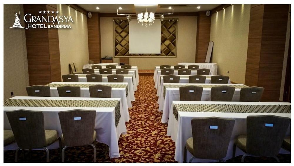 Bandirma Hotel Grand Asya
