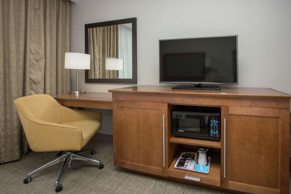 Room, Hampton Inn & Suites Knoxville Papermill Drive