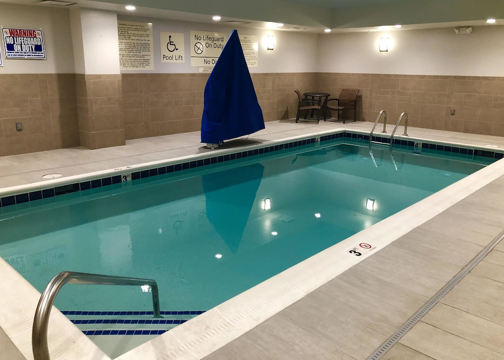 Indoor Pool, Hampton Inn & Suites Knoxville Papermill Drive