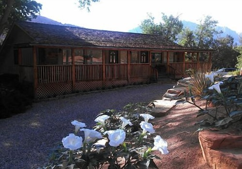 Exterior, Canyon Vista Lodge