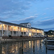 23 Hotels Near Wallops Flight Facility in Wallops Island from $88