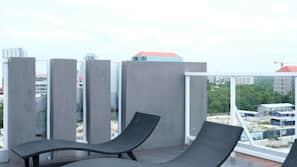 2 室外游泳池,屋顶泳池