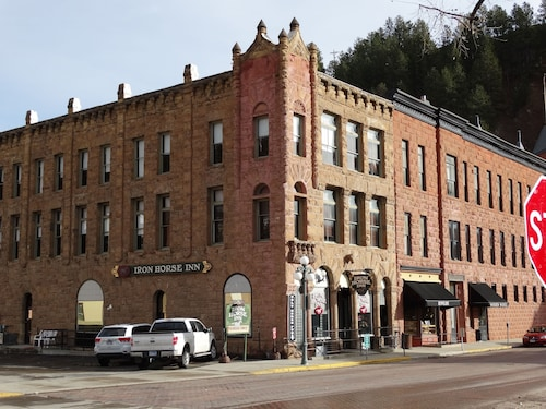 Great Place to stay Iron Horse Inn near Deadwood