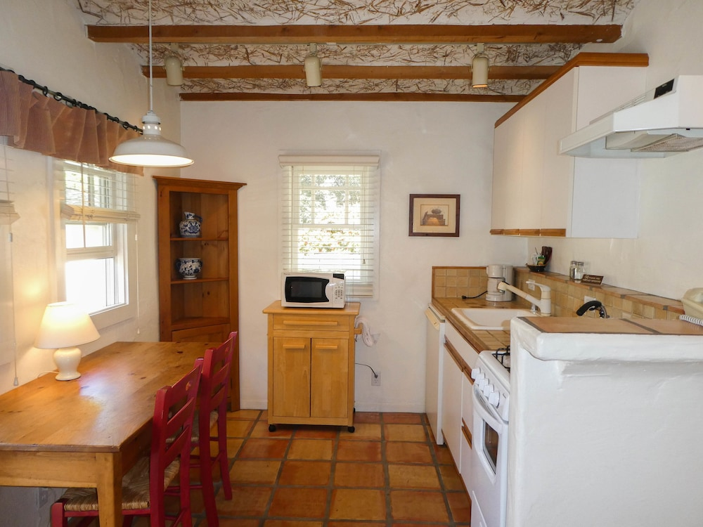 Private Kitchen, Briarwood Inn