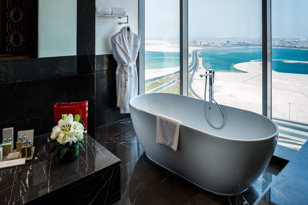 Bathroom, Fraser Suites Diplomatic Area Bahrain